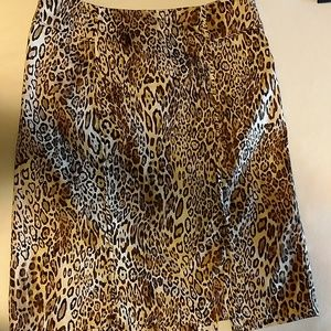 New York and Company leopard skirt size 2